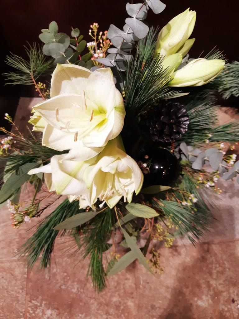 weißer Blumenstrauß